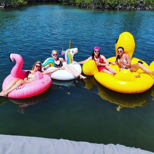 2 Floaties Included