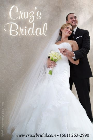 cruzs bridal poster for universal imaging d19a3755