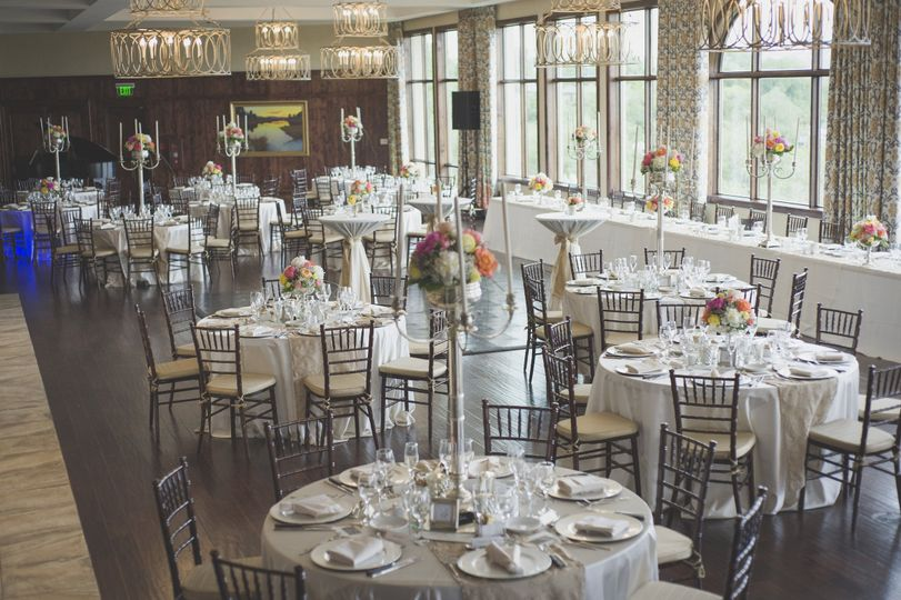 Head table and dining tables
