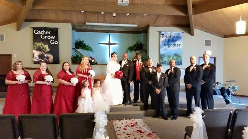 bridal party at the chuch