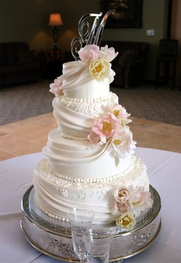 Fondant draping and fresh flowers