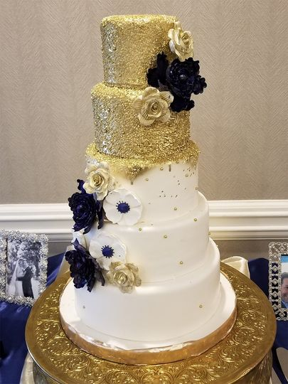 Gold sequins and sugar flowers