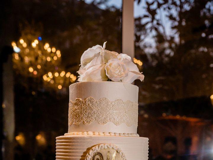 Tmx Comb Alternate With Lace Ivory 51 5474 Marietta, Georgia wedding cake