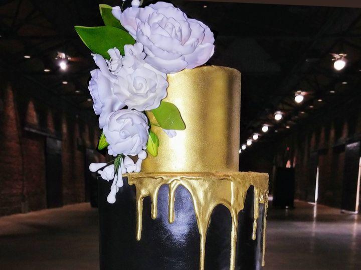 Tmx Gold Drip On Black And White 51 5474 Marietta, Georgia wedding cake