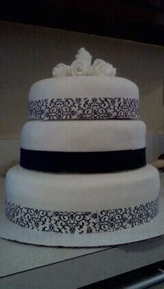 Tmx 1358356567317 Weddingcake2 Minneapolis wedding cake