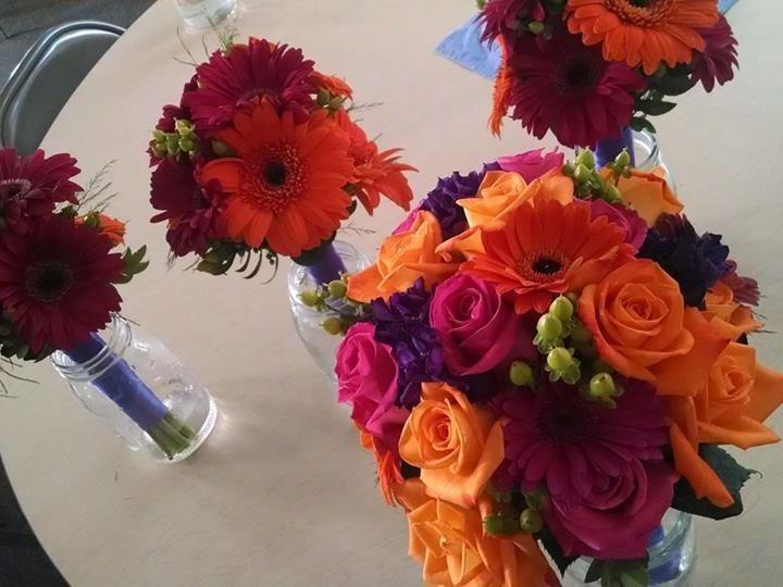 Tmx 1516295837 5aff23dd99aa59a9 1516295835 43dc6e606544e19f 1516295835856 1 16265746 989129367 Jefferson, WI wedding florist