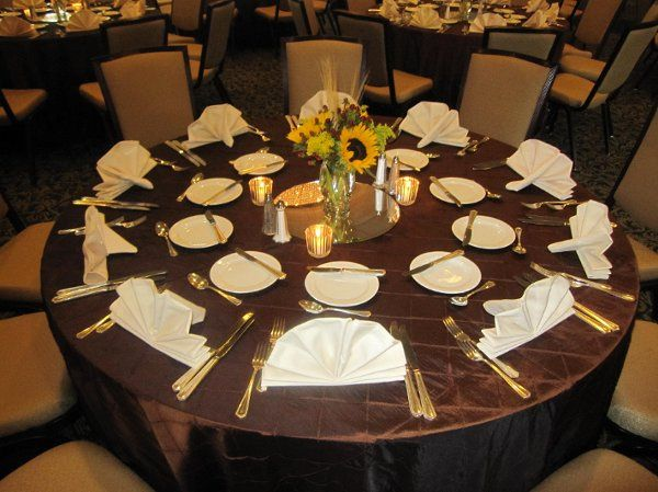 Table setting and sunflower centerpiece