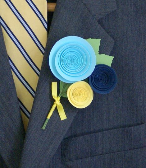 A traditional-style boutonniere.