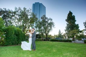 Pacific View Tower by Wedgewood Weddings