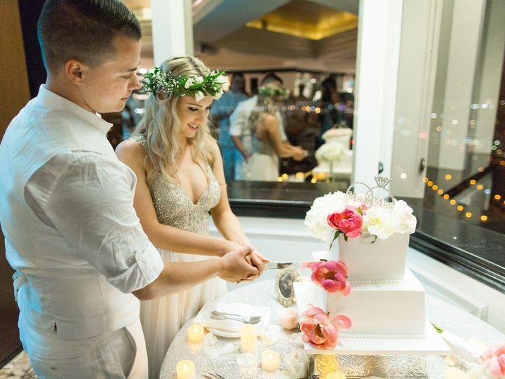 Tmx Towerclub Cakecutting Mykaelagreg 2017 Wedgewoodweddings001 51 643574 1570855518 Oxnard, CA wedding venue