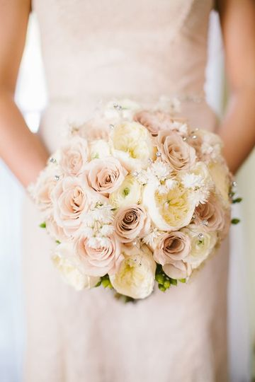 Yellow and blush bridal bouquet