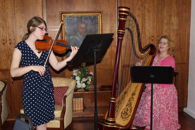 A private event Kara Dahl Russell with Violinist Anna Zotta