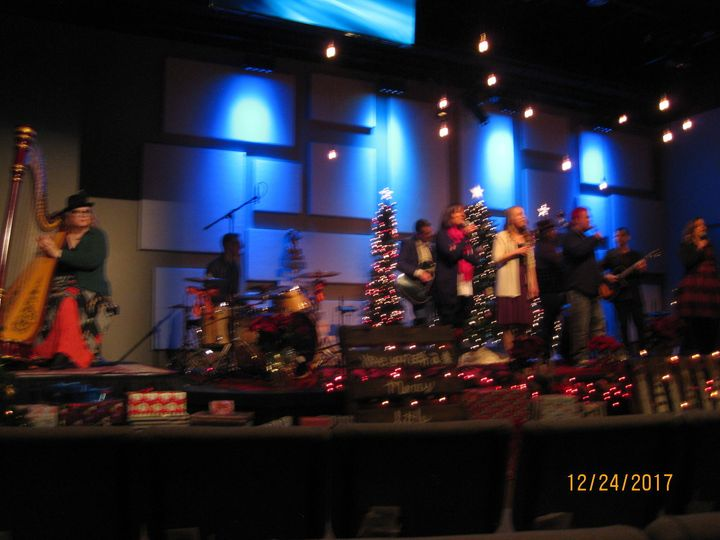 Jazz improve with the band at Oakridge for Christmas.