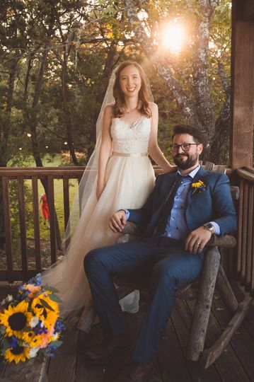 Newlyweds | Photo: Bells and Whistles Photography