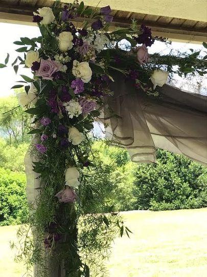 Arc floral arrangement