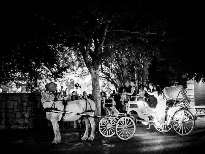 Tmx 19420475 1343165062385709 2016899877436145353 N 51 180674 San Antonio wedding transportation