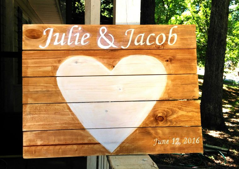 Custom guestbook alternative. Personalized with names and wedding date.