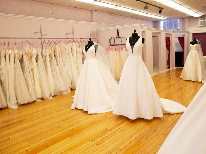 Tmx Lis 0007 51 3674 1565203658 Essex Junction, VT wedding dress