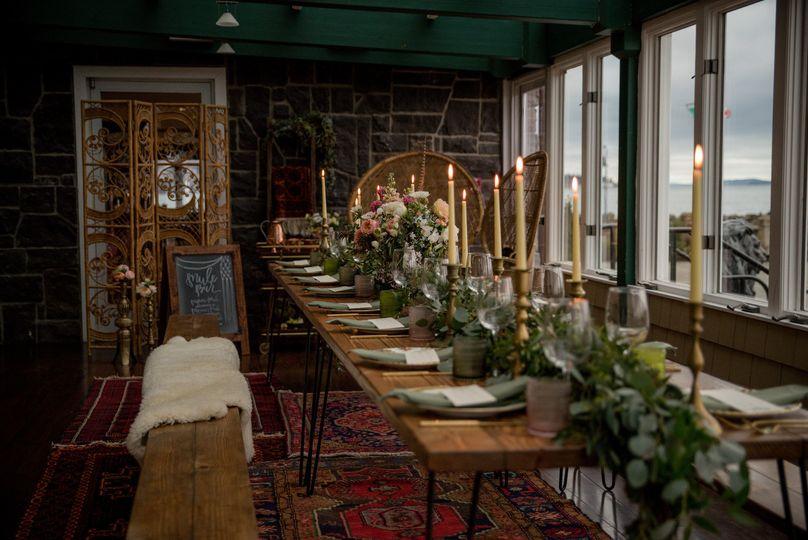 Head table setting