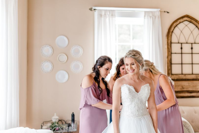 Assisting the bride | Virginia Greene Photography