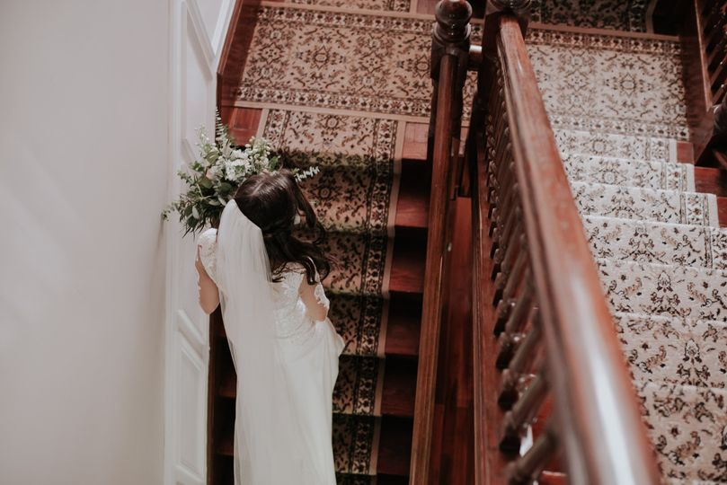 Walking up the stairs | Connie Marina Photography