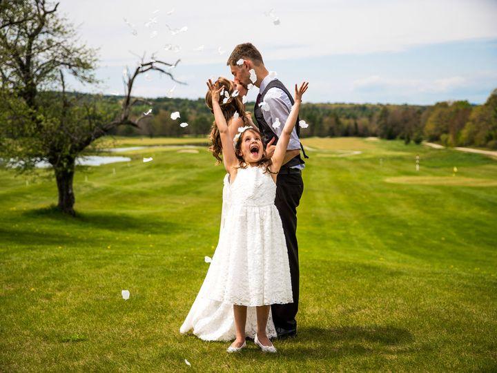 Tmx 1527625173 057798879a8e73ff 1527625172 7d8ef445f4f07dae 1527625171741 14 Hollen S Wedding  Cliff Island, ME wedding photography