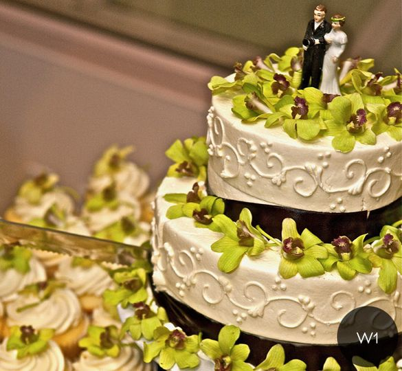 Babycakes - Wedding Cake - San Diego, CA - WeddingWire