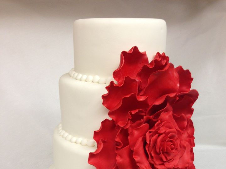 Tmx 1414420251060 Cascading Rose Wedding Cake Valley Cottage wedding cake