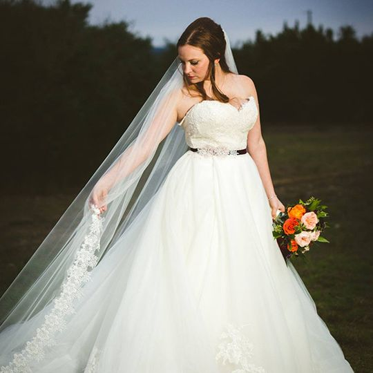 Custom Veil and Alterations