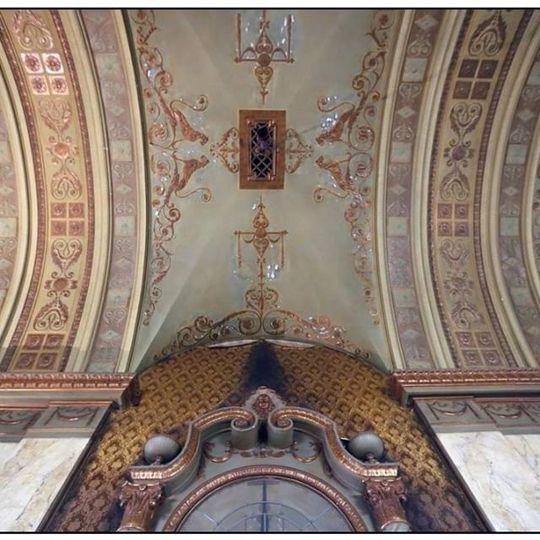 Shea's ballroom ceiling