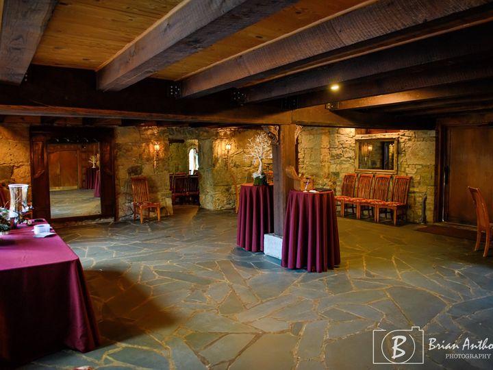 Tmx Queens Chamber Decorated 51 34774 160804788333001 Jamestown, NC wedding venue