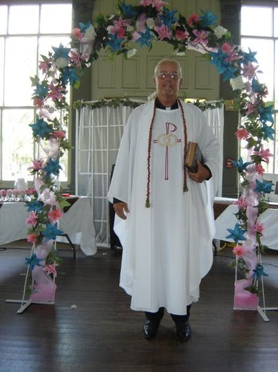 Reverend Kinzer - Wedding Officiant