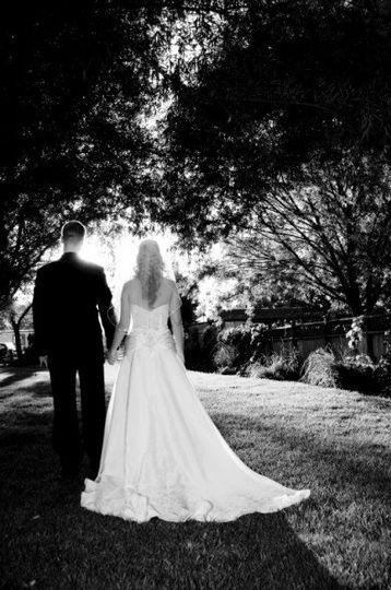 couplegettingmarried392x590