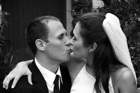 Artful Wedding Photography