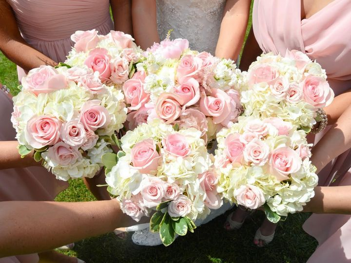 Tmx 1470843568001 Bridalparty Springfield wedding florist