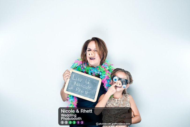 GraffCreativecharlotteweddingphotobooth006110312