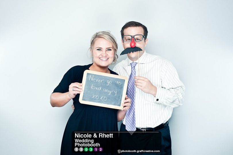 GraffCreativecharlotteweddingphotobooth007110312