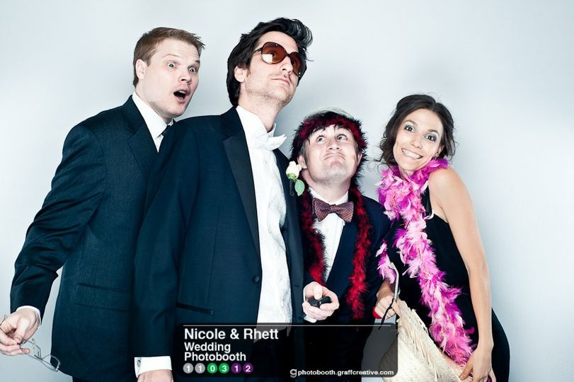 GraffCreativecharlotteweddingphotobooth013110312