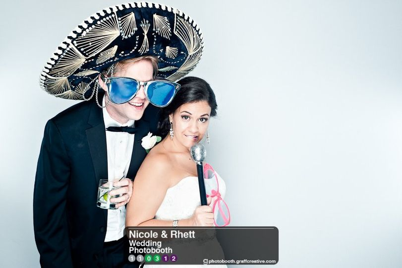 GraffCreativecharlotteweddingphotobooth017110312