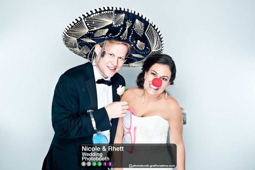 GraffCreativecharlotteweddingphotobooth018110312