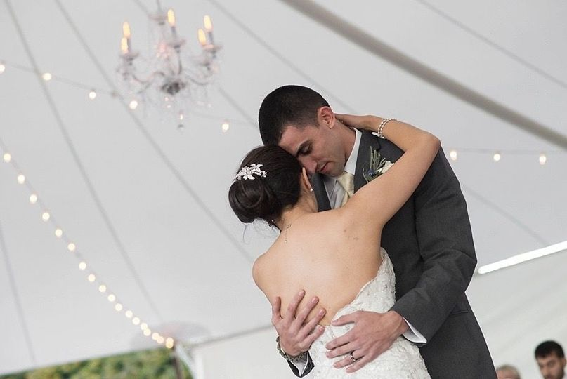 f16f8b7fe2cb26e7 wedding wire pic 1