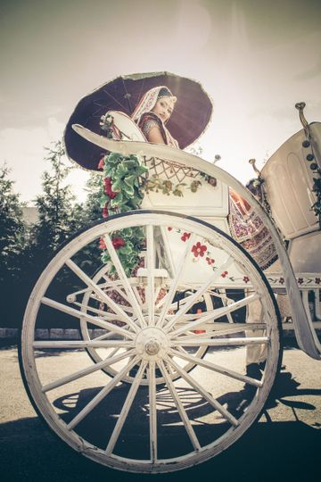 Couple on a horse-drawn carriage