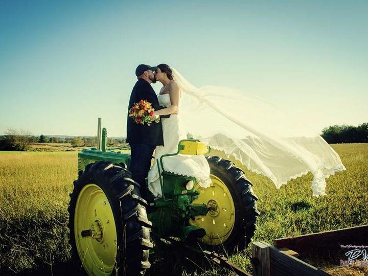 Tmx 1524485782 58cc674baafb6c7c 1524485780 036a111b64b98acf 1524485770416 10 John Deere Harrisburg, PA wedding photography