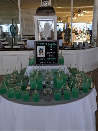 Signature Drink Table