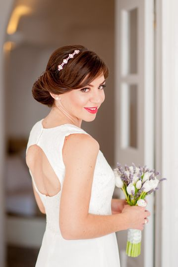 Wedding in Santorini-Bride