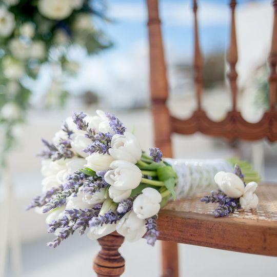 Santorini wedding-bridal bouquet