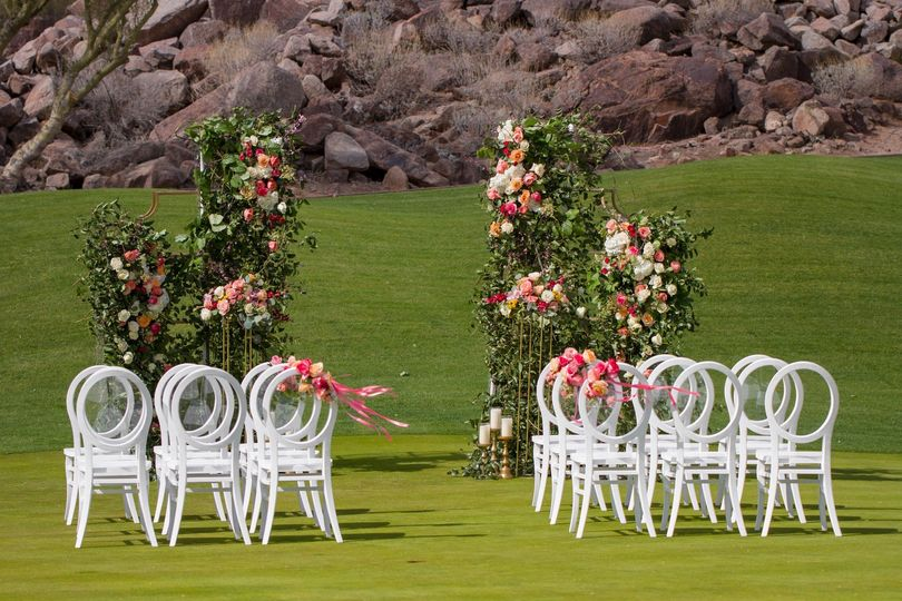 Canyon Suites Lawn Ceremony