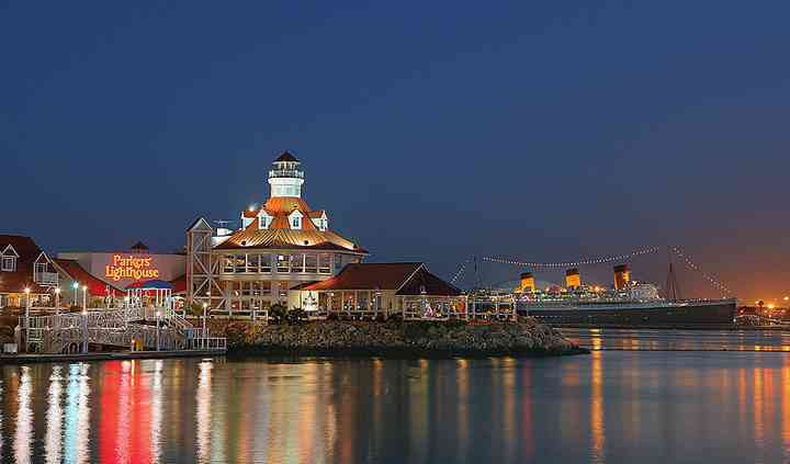 Parkers' Lighthouse & Queensview Steakhouse