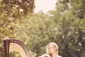 Monika Vasey, harpist