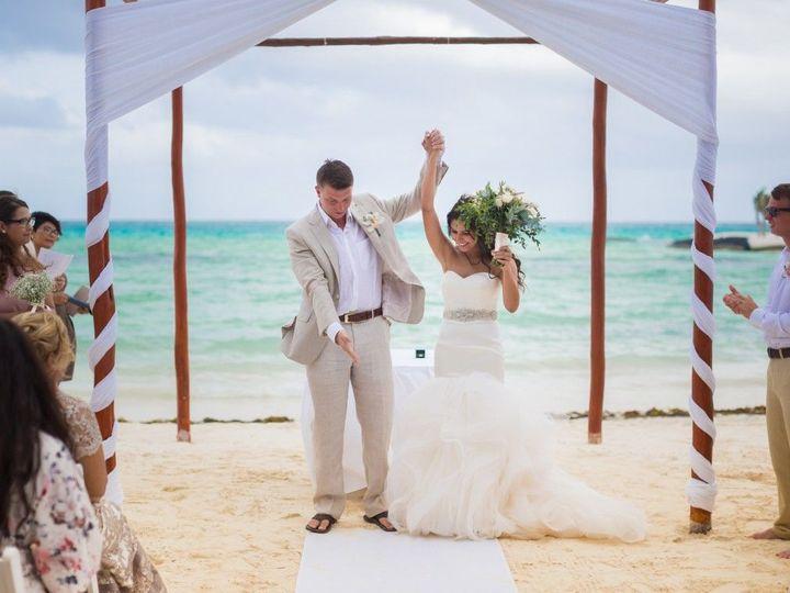 Tmx 1522160006 Cf58ba2d8e574f11 1522160005 0afbaab0b136862b 1522160005552 14 Samantha And John Chicago, Illinois wedding planner